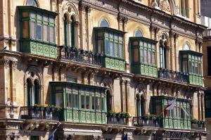 balconies-895055_1280